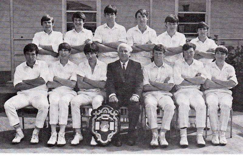 1969---Cricket