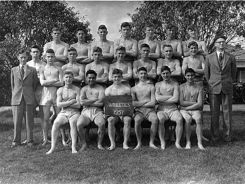 1951---Athletics-Team